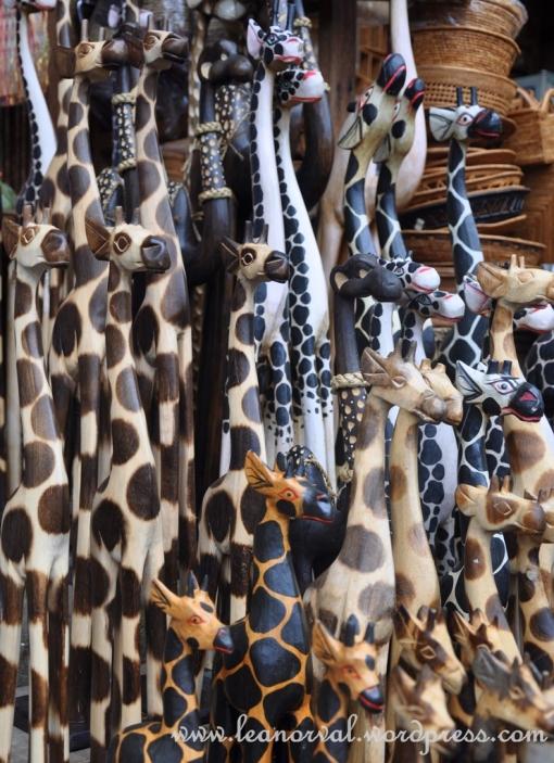 more giraffes!!! tsk!! i want!! i want!!! T_T huhuuhu...